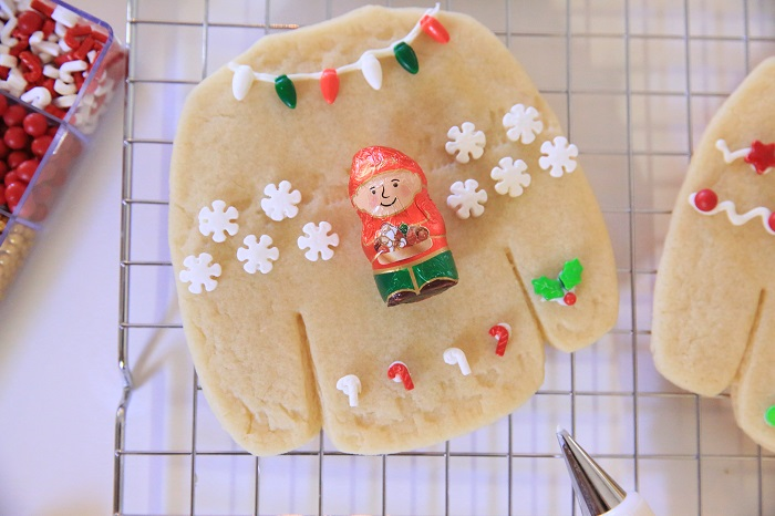 Ugly Sweater Cookies | Kim Byers