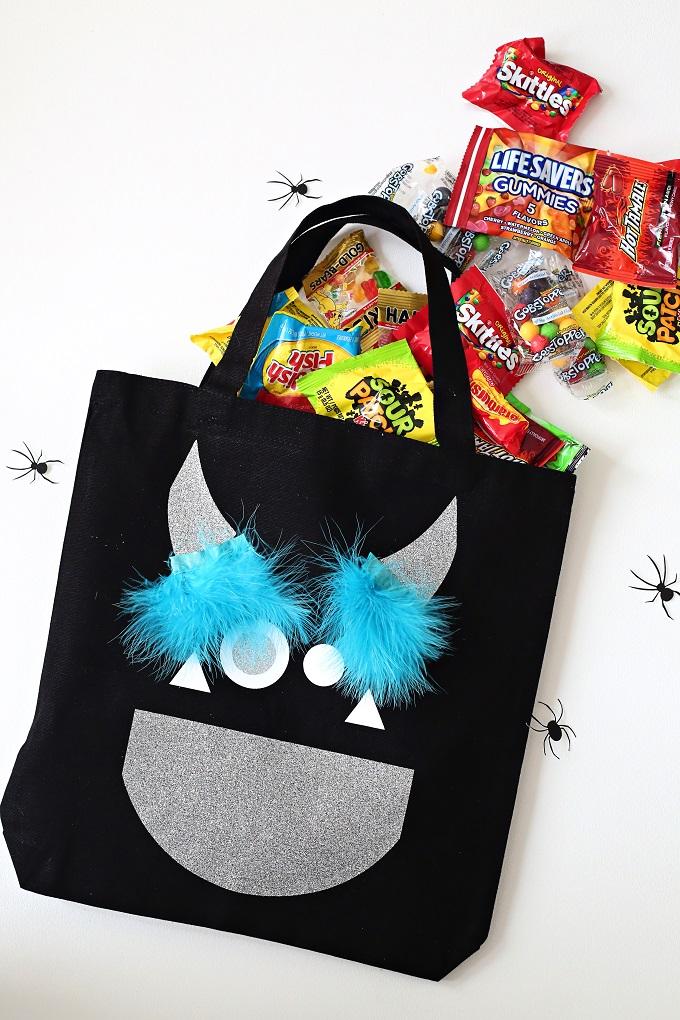 1 monster halloween treat bag kim byers 0782 680