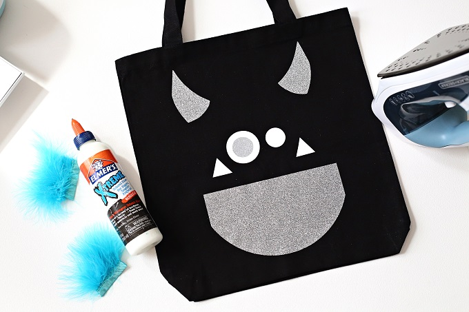How To Make A Halloween Treat Bag With Cricut