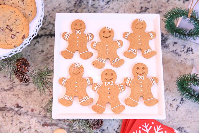 3 soft gingerbread cookies kim byers 0294