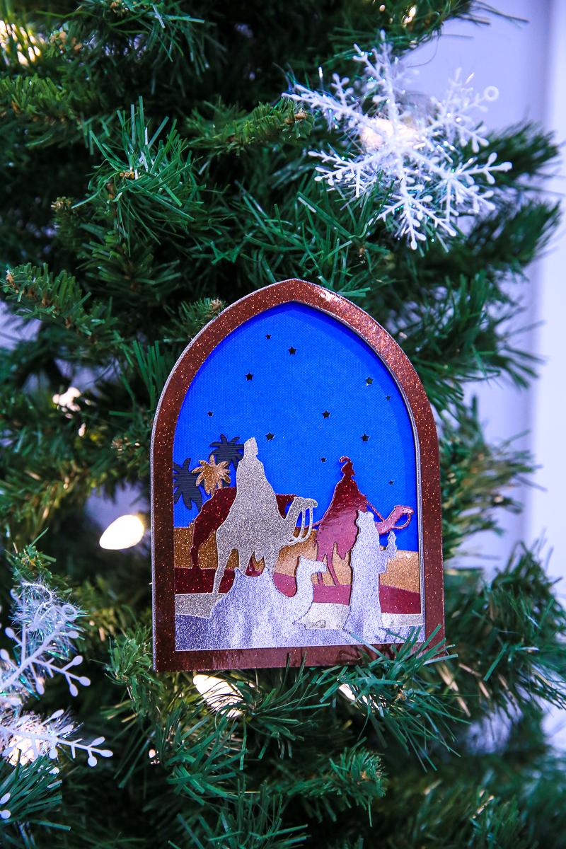 Cricut Christmas Card Ornament | Kim Byers