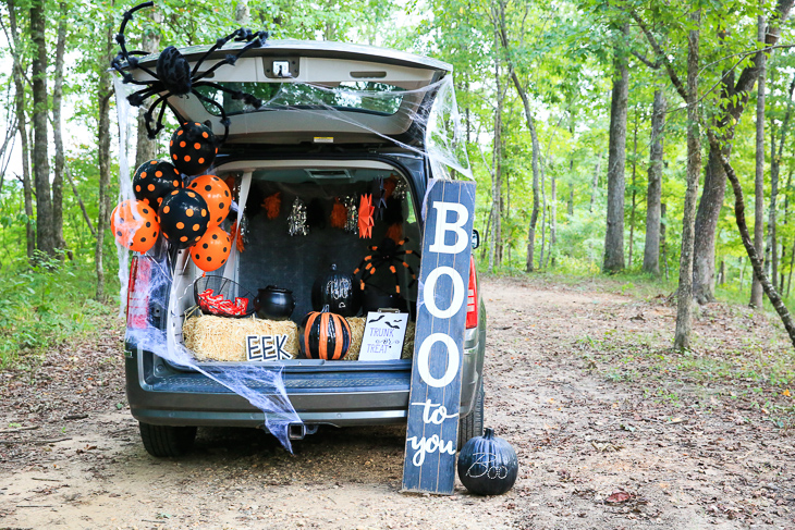 Easy Trunk Or Treat Decorating Ideas For a Simple and Fun Halloween | Kim Byers at The Celebration Shoppe